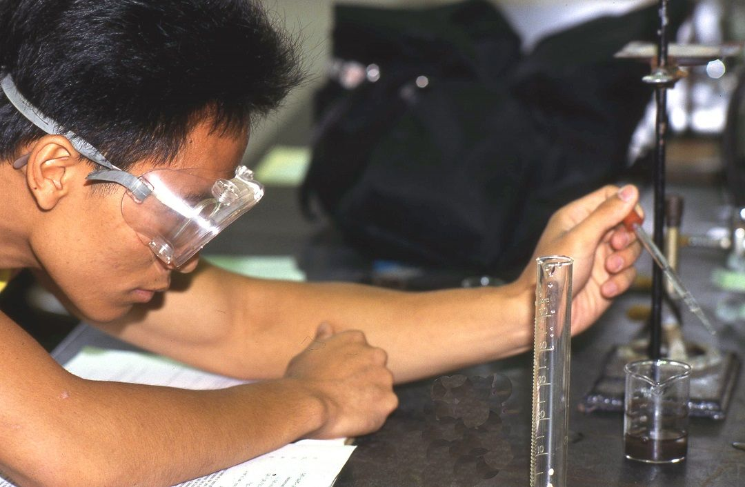 Student at chemistry lab bench